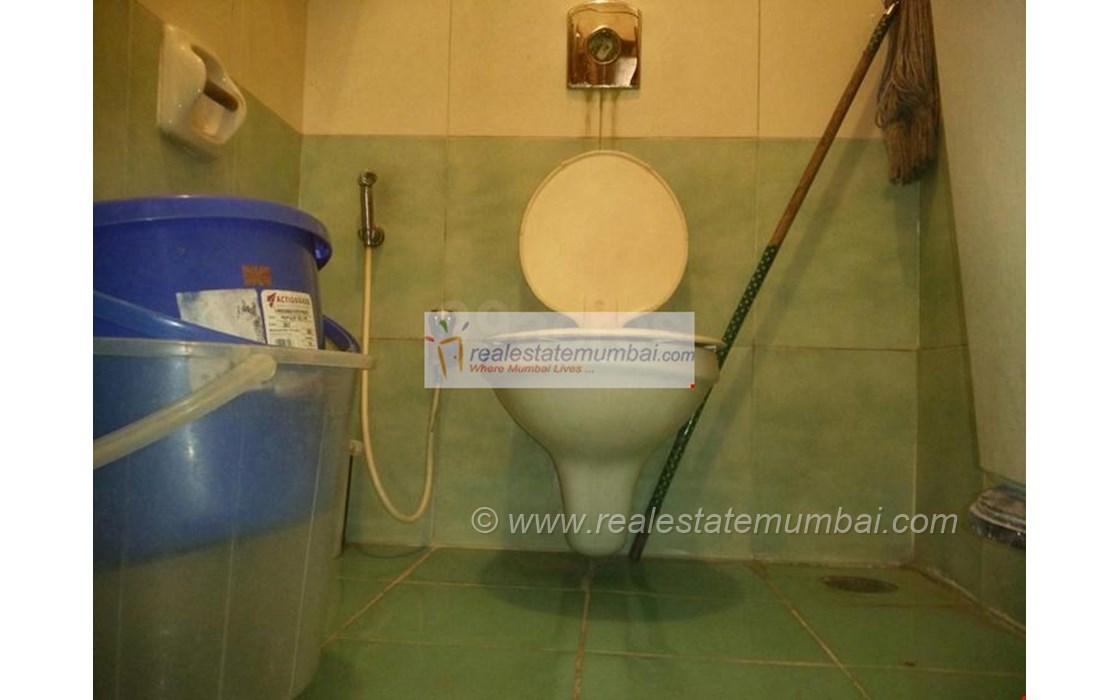 Bathroom 2 - Cannon, Bandra West
