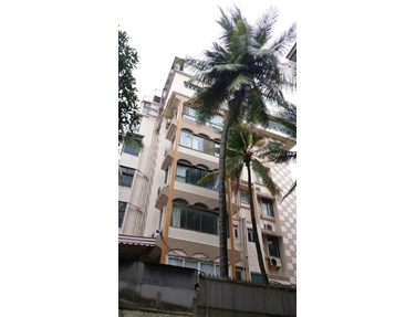 Flat on rent in Dharam Jyot, Bandra West