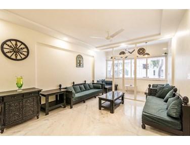 Living Room - Amar Towers, Juhu