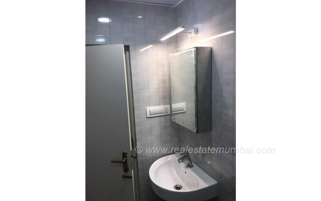 Master Bathroom1 - Neelamber, Bandra West