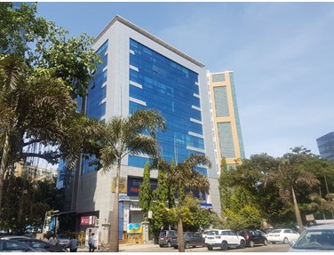 Office on rent in Harbhajan, Santacruz East