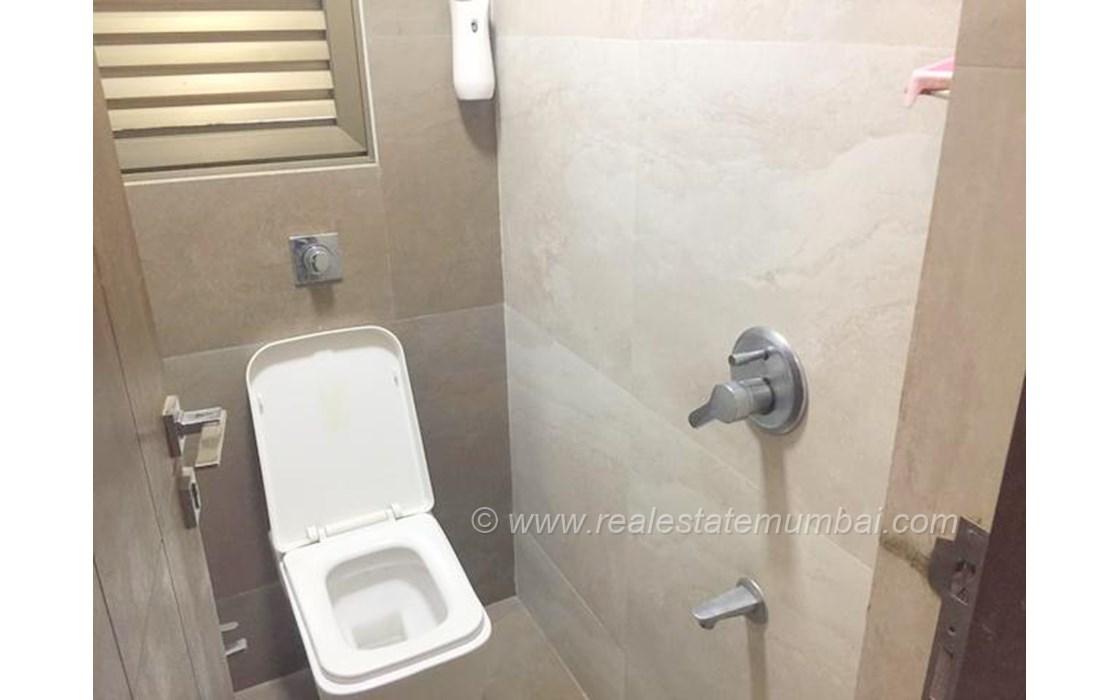 Master Bathroom - Jagat Vidya, Bandra Kurla Complex