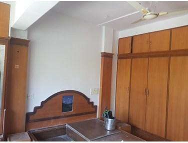 Master Bedroom - Pankaj Mansion, Worli
