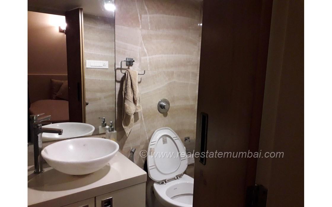 Master Bathroom - Laxmi Gopal, Prabhadevi