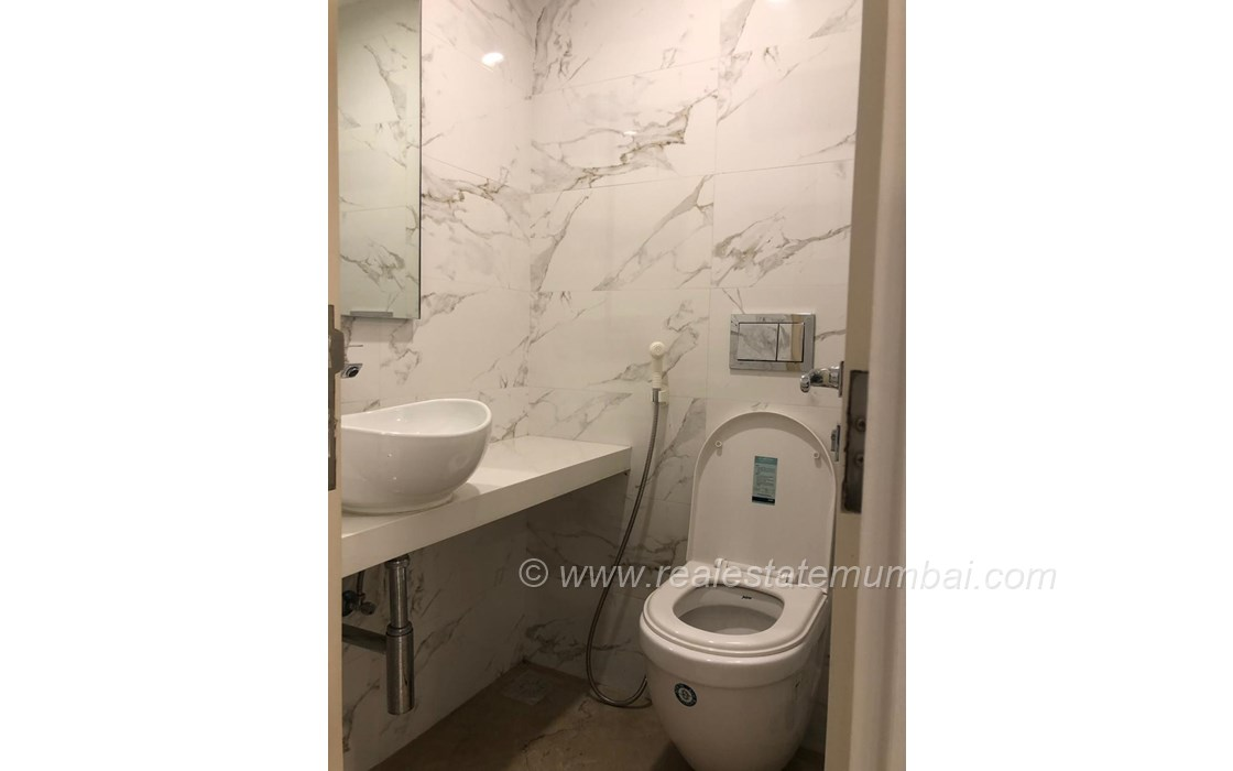 Bathroom 2 - Satguru Shlok, Bandra West