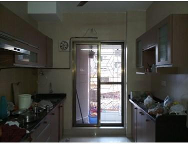 Flat on rent in Het Kunj B, Andheri West