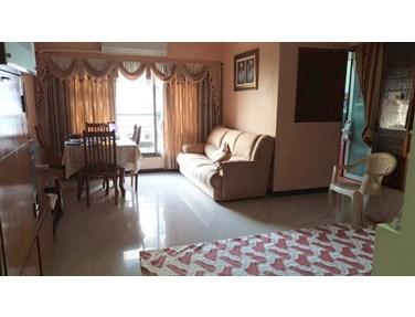 Flat on rent in Chrysalis CHS, Juhu