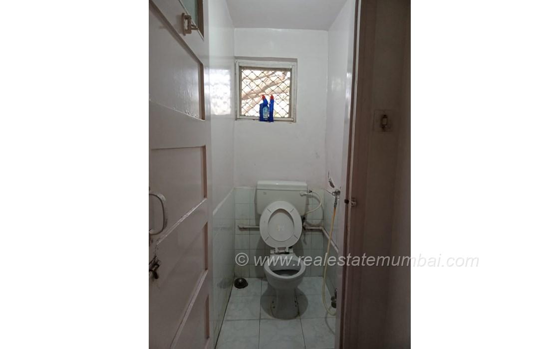 Bathroom 2 - Irolette Villa, Juhu
