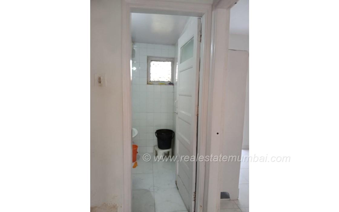 Bathroom 21 - Irolette Villa, Juhu