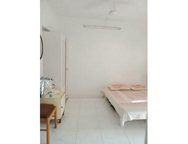 Flat on rent in Irolette Villa, Juhu