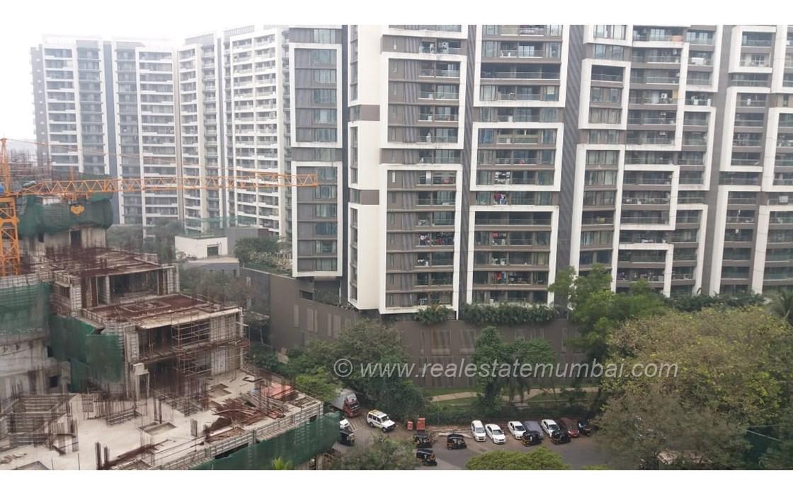 Building11 - Rustomjee Seasons, Bandra East
