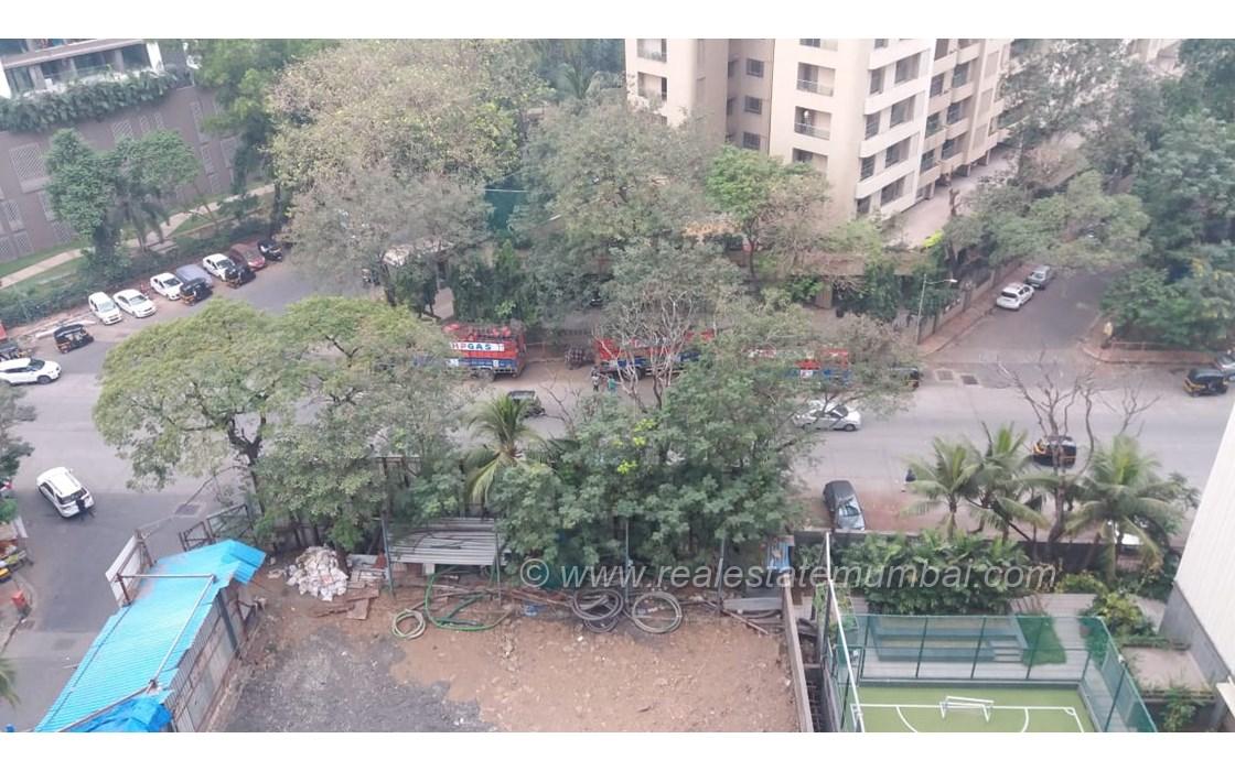 Building12 - Rustomjee Seasons, Bandra East