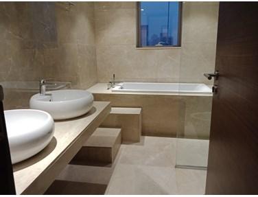 Master Bathroom - One ICC Tower, Dadar East