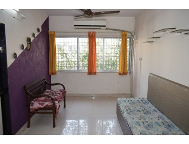 Flat on rent in Rachana Apartment, Bandra West