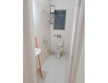 Bathroom 2 - Tulip, Bandra West