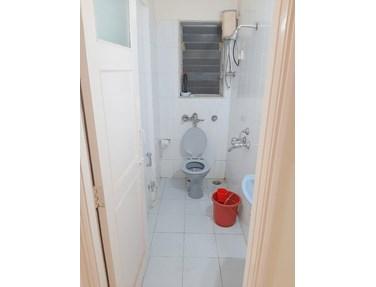 Bathroom 21 - Tulip, Bandra West