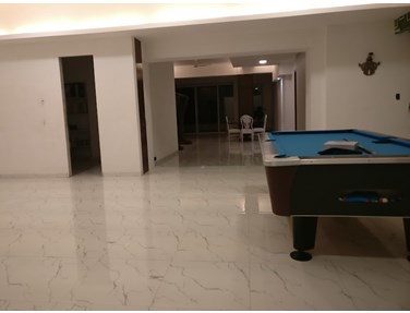 Flat on rent in Link Side, Bandra West