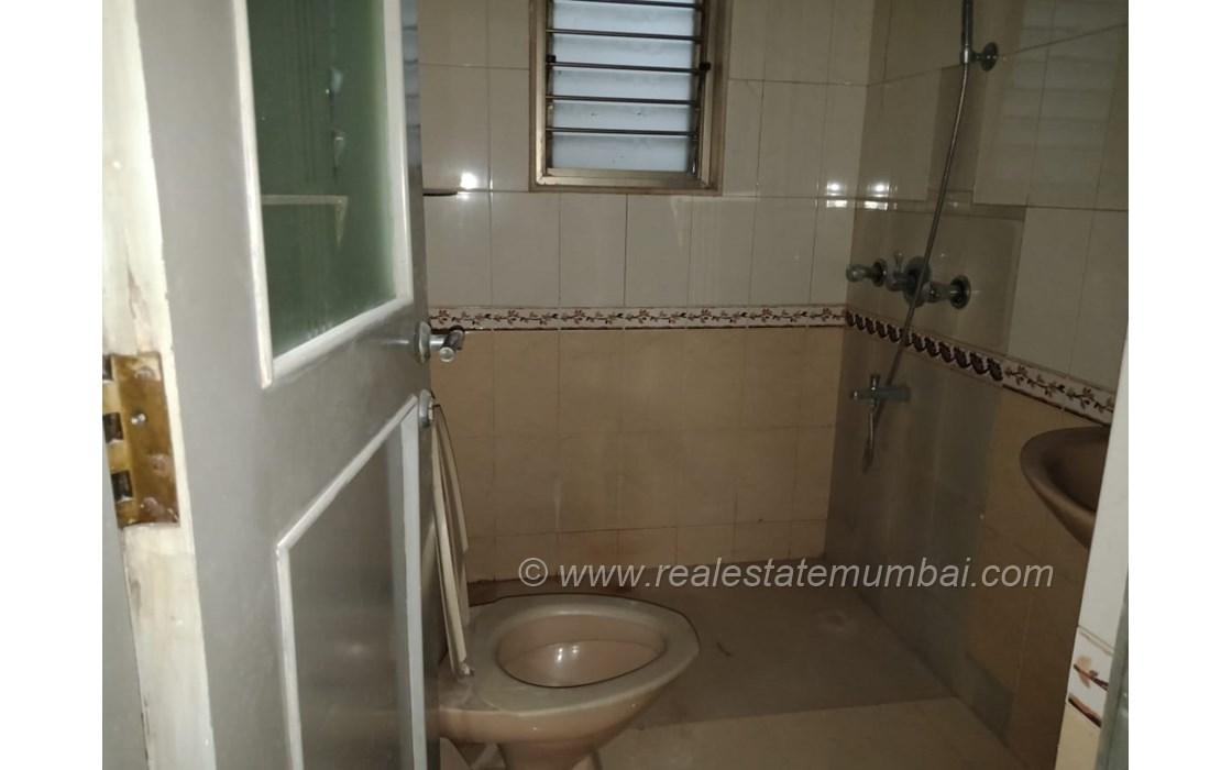 Bathroom 2 - Sea Queen, Juhu