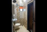 Bathroom 2 - Marinette, Bandra West