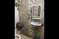 Bathroom 21 - Marinette, Bandra West