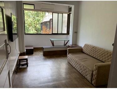 Flat on rent in Rachana, Bandra West