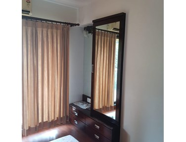 Flat on rent in Hicon Height, Bandra West