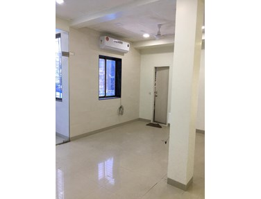Office on rent in Sona shopping center hill road, Bandra West