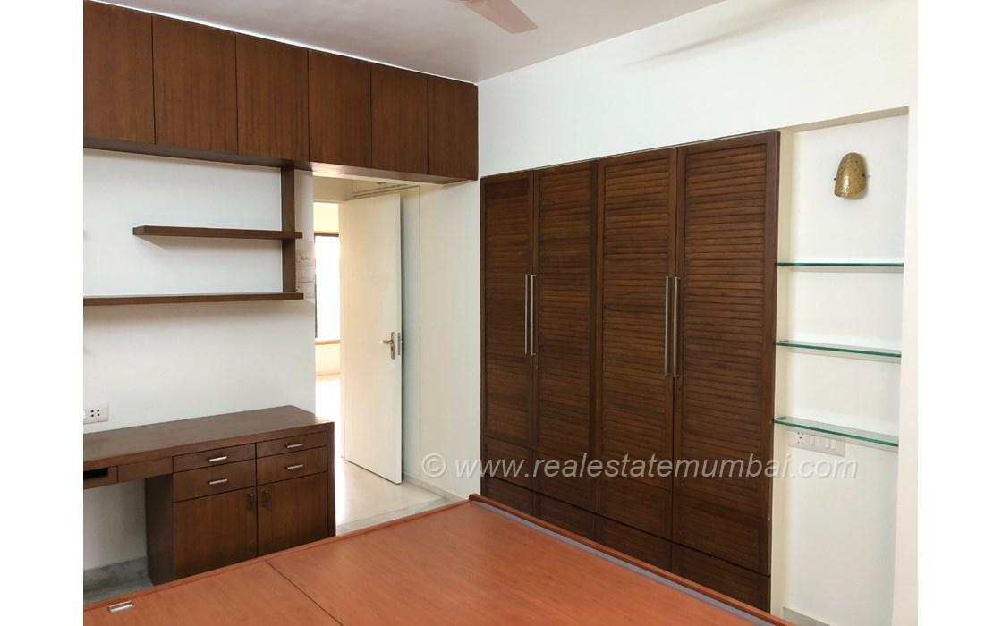 Bedroom 25 - Dinkar Smruti , Bandra West