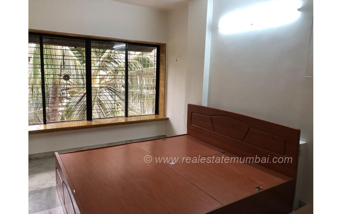 Bedroom 27 - Dinkar Smruti , Bandra West