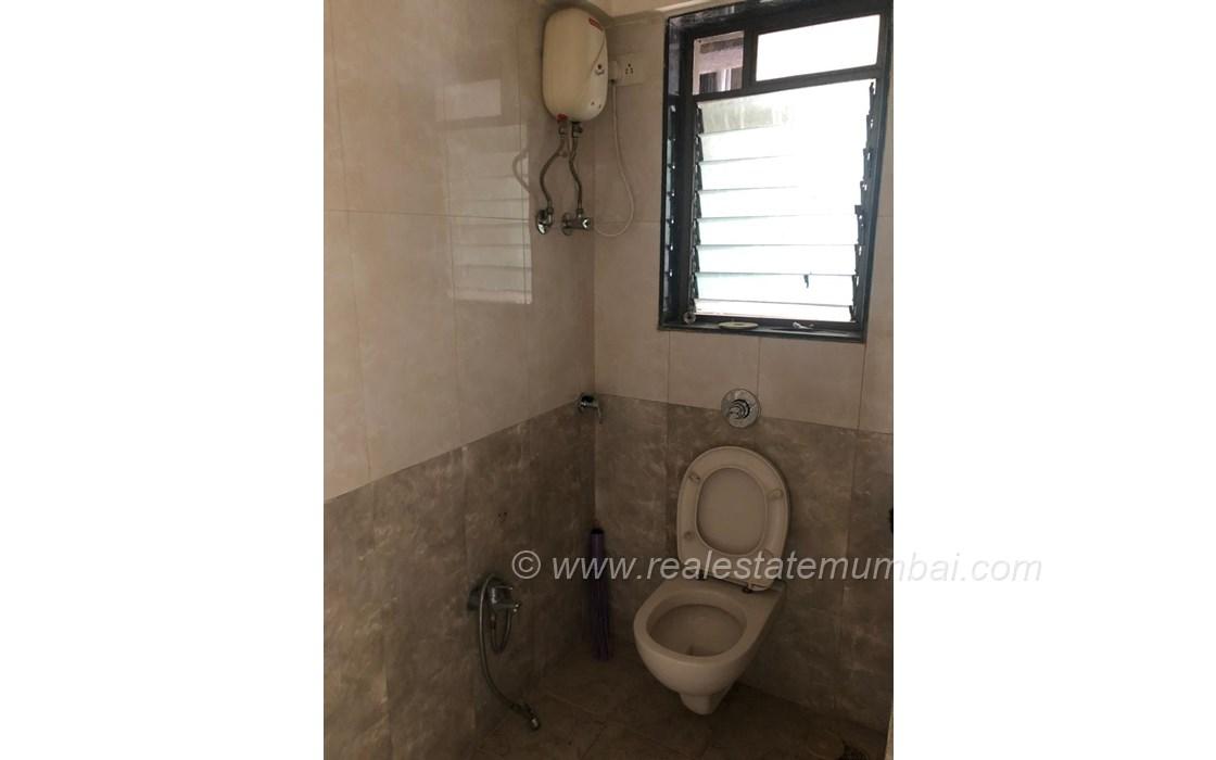 Bathroom 2 - Pragatee Naiyan Society, Vile Parle West