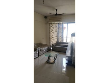 Flat on rent in Platinum Heights, Andheri West