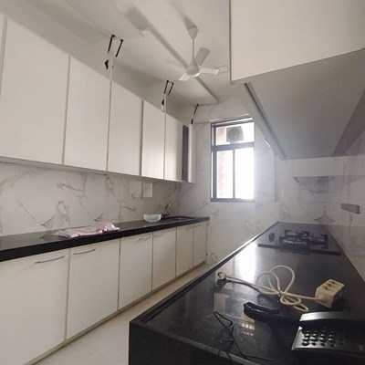 Flat on rent in Anand House, Bandra West