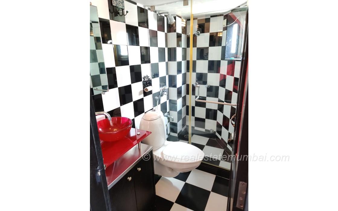 Bathroom 2 - Somerset, Bandra West