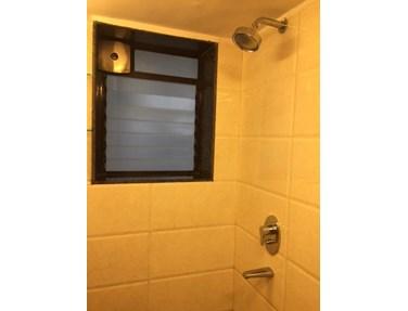 Master Bathroom - Hill Crest, Bandra West