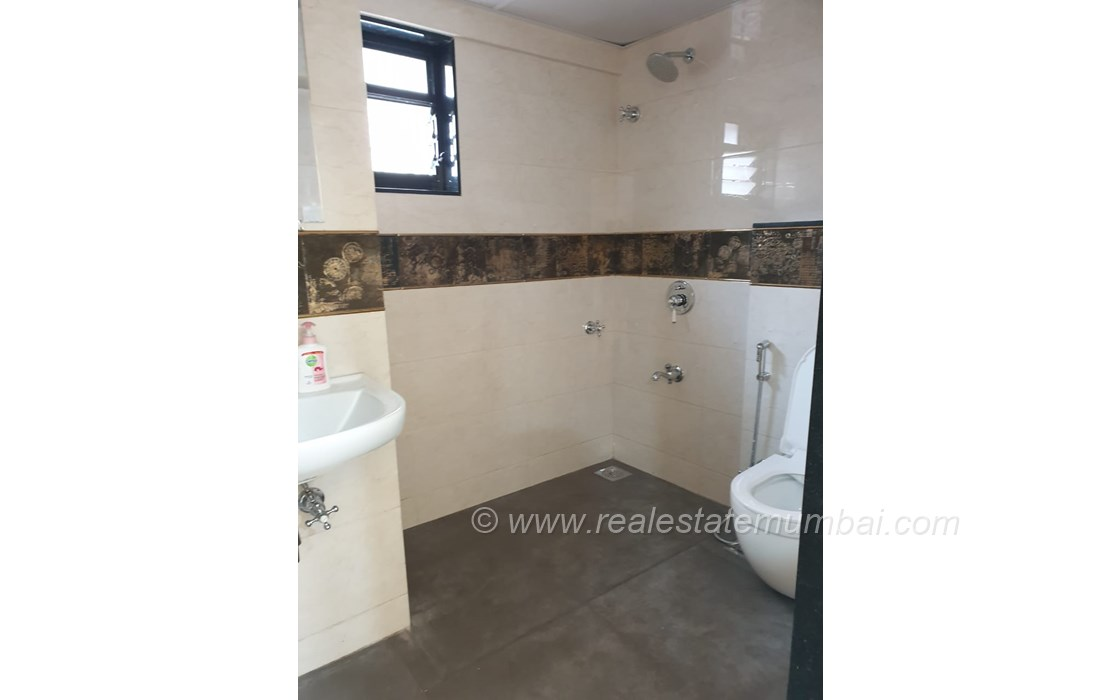 Bathroom 2 - Manek Apartments, Santacruz West