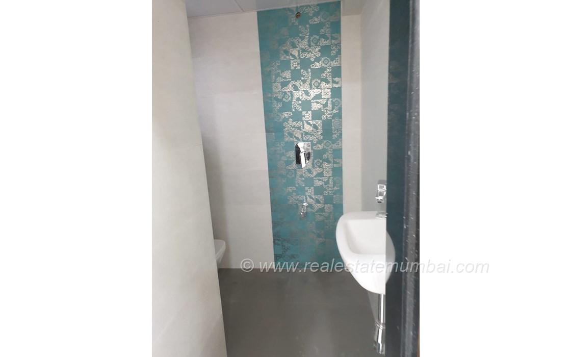 Bathroom 31 - Manek Apartments, Santacruz West