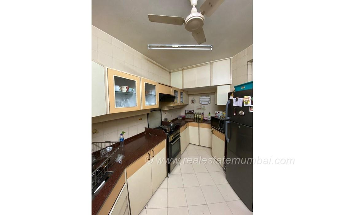 Building - Amber Apartment, Bandra West