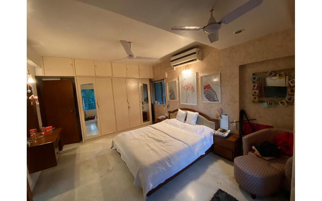 Building14 - Amber Apartment, Bandra West