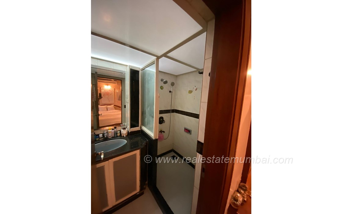 Building15 - Amber Apartment, Bandra West