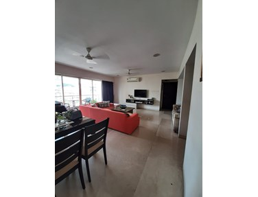 Flat for sale or rent in Dheeraj Celestial, Khar West