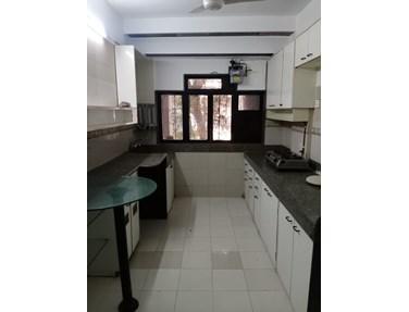 Building - Emly Apartments, Khar West