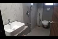 Bathroom 2 - Golden Palace, Bandra West