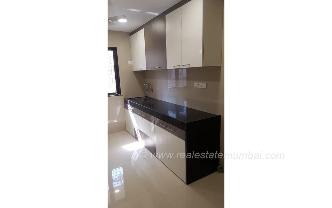 Kitchen4 - Golden Palace, Bandra West