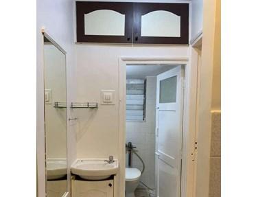 Bathroom 21 - Sai Sadan, Bandra West