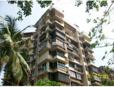 Flat for sale in Sunmist, Bandra West