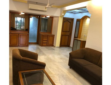 Flat on rent in Dinkar Smruti, Bandra West