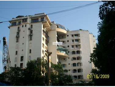Flat on rent in Vinayak Heights, Bandra West