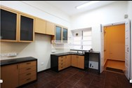 Kitchen - Lynnwood  House, Warden Road