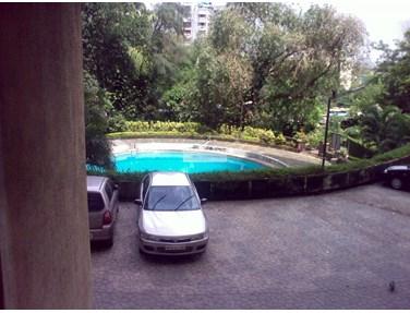 Drive Way - Kanti Apartment, Bandra West