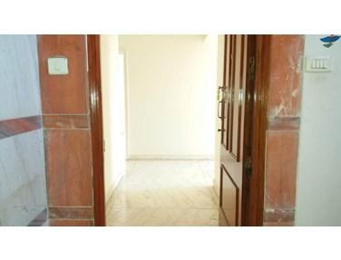 Flat on rent in Hasmukh Mansion, Khar West